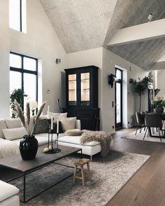 Loft Inspiration // Loft Interior The Perfect Scandinavian Style Home Home Living Room, Living Room Designs, Kitchen Living, Kitchen Decor, Living Spaces, Cheap Home Decor, Home Decor Styles, Loft Interior Design, Modern Scandinavian Interior