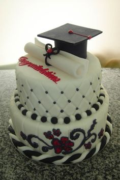 Graduation Sheet Cake - Square cakes have logos for high school and college to… Unique Cakes, Creative Cakes, Fancy Cakes, Cute Cakes, Beautiful Cakes, Amazing Cakes, Bolo Musical, Cake Pictures, Specialty Cakes