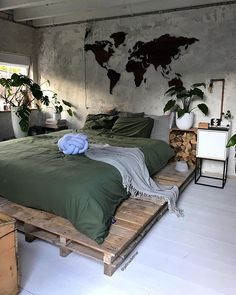 By Designer 📐 Located in Kollum, Netherlands Urban Jungle Bedroom. By Binnenhuisinspiratie Jellina Detmar Designer 📐 Located in Kollum, Netherlands Urban Rooms, Urban Bedroom, Jungle Bedroom, Home, Bedroom Interior, Room Inspiration, Apartment Decor, Room Decor Bedroom, Rustic Bedroom
