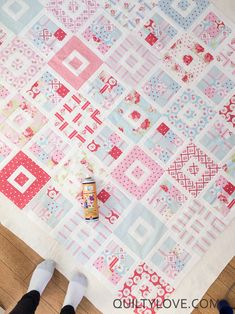 Quilty Love | Shortcake quilt | http://www.quiltylove.com