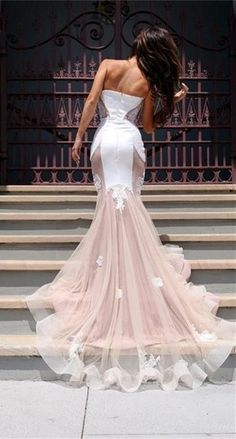 Sexy Strapless Sleeveless Spliced Appliques Embellished Women's Prom Dress
