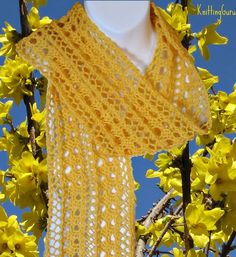 Easy to Knit Forsythia #Lace #Scarf #Pattern for Springtime.
