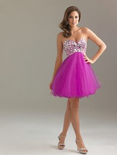 Sweetheart Tulle Short/Mini Sleeveless Rhinestone Prom Dresses at sweetquinceaneradress.com
