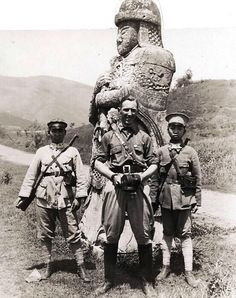 Western photographer with Chinese warlord soldiers, probably 1920s.