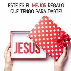 El mejor regalo que tengo para darte a ti es JESÚS recibelo y disfrútalo todo el 2017. FELIZ AÑO NUEVO LLENO DE GRANDES BENDICIONES.