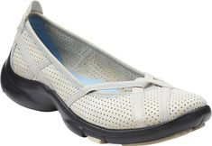 New CLARKS Women's P-Berry Flat online. Find the great Columbia Sneakers shoes from top Shoes store. Low Heel Sandals, Espadrille Sandals, Low Heels, Loafer Flats, Loafers, Trendy Shoes, Running Sneakers, Womens Flats