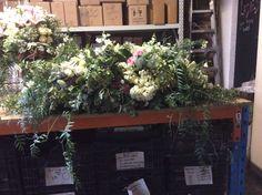 F49 Casket Flowers, Casket Sprays, How To Memorize Things, Floral, Plants, Beautiful, Florals, Planters, Flower