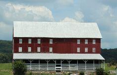 Beautiful Barn in Pennsylvania    Photo by Rhonda Terryah