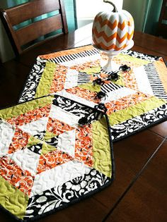 Hexagon Table Topper -My Cotton Creations