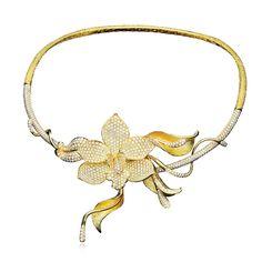 18K green gold necklace with 14.56 carat round brilliant cut diamond(#21179) #michaeljohnjewelry