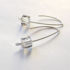 Silver Earrings Open Hoop Threader Geometric jewelry, Clear Cube, Womens jewelry gift for her, state Jewelry For Her, Wire Jewelry, Jewelry Gifts, Handmade Jewelry, Jewelry Making, Etsy Jewelry, Jewelry Findings, Jewelry Ideas, Amethyst Earrings