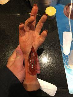 Alien Hand sculpt