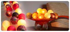 """Sfeervolle verlichting. Lichtslingers van iGlowbes'in min. 60 kleuren te verkrijgen.  """"Kiss from a Rose"""" & """"Take me Home"""" lichtslingers. Verkrijgbaar in 20,35, 50 ballen. ww.iglowbes.com.   Ook grote hanglampen in 6 maten in diverse kleuren."""