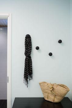 Kodin1, Vierasblogi modernekohome, Asuntomessutalo HauHausin DIY-puunupit