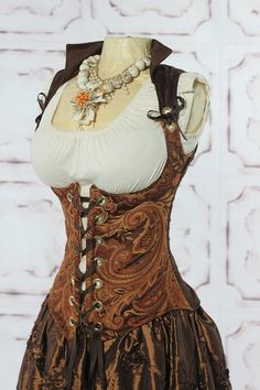 Renaissance Faire costume (like the bodice and color schemes)