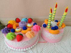 He encontrado este interesante anuncio de Etsy en https://www.etsy.com/mx/listing/179715602/paris-party-felt-birthday-folded-cake