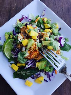 21 Day Fix Deconstructed Tacos with Avocado Cilantro Dressing (1 Green, 1/2 Purple, 1 Blue, 1 Red) //recipe // 21dayfix //motivation // fitfood //fitspo //cleaneating //mealprep