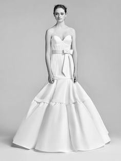 Viktor & Rolf Bridal Spring 2018 Collection Photos - Vogue
