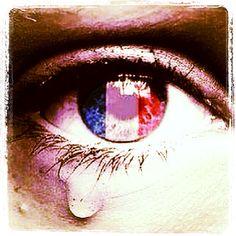 #jesuischarlie #prayforparis So upsetting