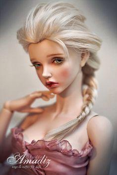 Pale blond Elsa by Amadiz #bjd #doll