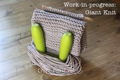 Knit a floor mat / rug using cotton braided clothesline rope, it will give an instant warmth and coziness to the room. Quick to finish knitting pattern.