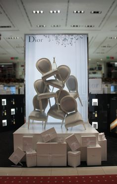 "LA RINASCENTE,Milan,Italy, ""DIOR J'Adore Noel Gift Sets"", pinned by Ton van der Veer"