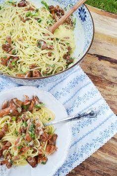 Herrlicher Pastaliebling! Spaghetti Carbonara mit Eierschwammerl – meinleckeresleben.com Pasta, Bastilla, Vegan, Ethnic Recipes, Dessert, Food, Spaghetti Carbonara Recipe, Thanks, You're Welcome