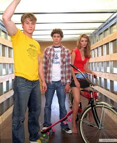 Ben McKenzie, Mischa Barton and Adam Brody on The OC