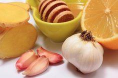 Come preparare un elisir medicinale a base di aglio, zenzero e miele?