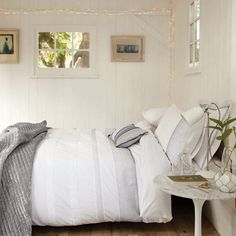Fairy Lights Around Bed: Fairy Lights Easy To Steal Ideas
