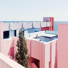 #murallaroja designed by @bofillarquitectura