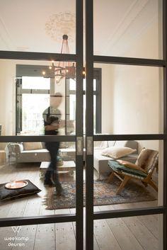 Houd jij ook van minimalistische stijlen en strakke vormgeving?  Weekamp Deuren B.V. heeft een groot assortiment aan o.a. industriële deuren.  Altijd een passende oplossing voor jouw woonsituatie: Decor, Room Divider, Furniture, Windows, Home Decor, Room, Mirror