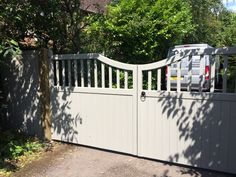 Custom RAL finish really finish this entrance gate off nicely. Manufactured and fitted by Gates and Fences UK. Driveway Gate, Western Red Cedar, Entrance Gates, Fences, Deck, Construction, Outdoor Decor, Design, Picket Fences