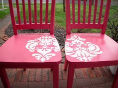 I am so doing this to the chair I pulled from the Dumptster ...