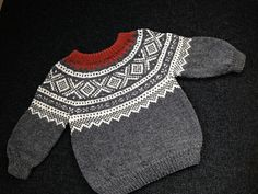 Img_2275_small2 Pull Bebe, Stockinette, Baby Sweaters, Yarn Needle, Sewing For Kids, Sweater Outfits, Kids And Parenting, Baby Knitting, Knit Crochet