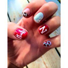 Go big red nails!!