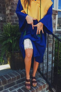 Who needs pockets? The solution to your no-purses-allowed-at-graduation problem.