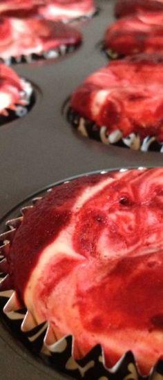 Red Velvet Cheesecake Cupcakes - Soooooo yummy!!