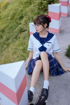 Cute Asian Girls, Cute Girls, Female Pose Reference, Beautiful Japanese Girl, School Girl Outfit, Girls Uniforms, Japan Girl, Asia Girl, Female Poses