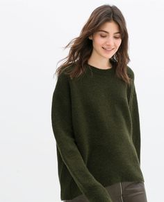 https://cdnb.lystit.com/photos/be42-2014/07/30/zara-khaki-oversized-jumper-product-1-22125481-4-314341051-normal_large_flex.jpeg