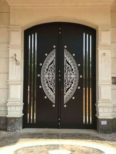 Main Entrance Door Design, Door Gate Design, Door Design Interior, Wooden Door Design, Front Door Design, Entrance Doors, Iron Front Door, Wood Front Doors, Iron Doors