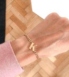 MISS QUOTE (@missquote_jewelry) • Zdjęcia i filmy na Instagramie Delicate, Bracelets, Gold, Jewelry, Quote, Fashion, Quotation, Moda, Jewlery