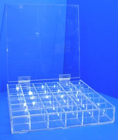 Caja 36 huecos con tapa con bisagras 300mm x 300mm x 48mm