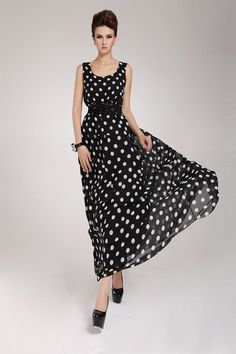 Every day is precious to try,every kind of fashion may bring you surprise.This #vintagestyle #maxidress is worth a try.It will make you look more charming.