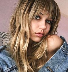 Delilah Belle's choppy bangs | 35 cute summer hairstyles from models and IT Girls | 2017