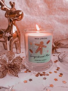 Im glad it's the weekend, my plans include lighting this yummy gingerbread candle and putting up a little Christmas tree I bought for uni! Im putting it up early cause I'll be leaving m Cosy Christmas, Christmas Feeling, Little Christmas Trees, Christmas Room, Christmas Candles, Pink Christmas, Merry Christmas, Christmas Decorations, Christmas Cookies