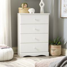 Brighten yourchild's bedroom or playroom decor with the Dresser. This chest features four spacious drawers for storage and a fun waved trim base that your little one will enjoy. It also features decorative carved details and solid wood knobs. 4 Drawer Dresser, Dresser As Nightstand, Chest Of Drawers, Chest Dresser, Modern Storage Furniture, White Furniture, Pallet Furniture, Kitchen Furniture, Playroom Decor