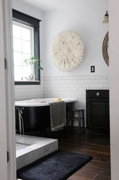 The Inspired Room - Decorating Ideas, How to Organize, How to Decorate, DIY Decorating, Decorating Blog, DIY Decor, Home Blog