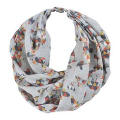 Snap on toddler scarf