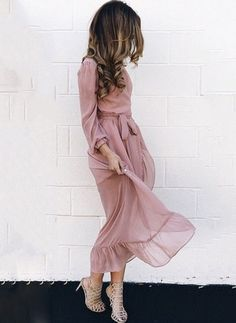Cute Fall Outfits To Inspire Yourself, Spring Outfits, women's beige long-sleeve midi dress. Women's Dresses, Trendy Dresses, Nice Dresses, Casual Dresses, Casual Clothes, Fall Dresses, Long Spring Dresses, Blush Dresses, Maxi Dresses
